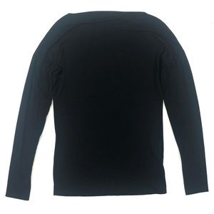 Vince. Size XS Solid Black Long Sleeve Tee Shirt